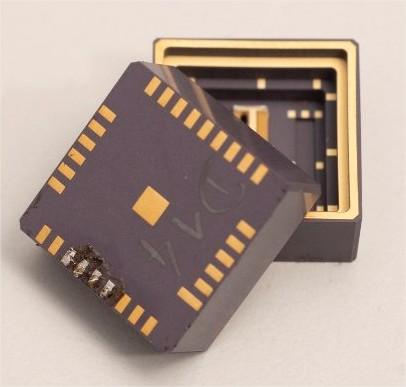 Module physique d'une micro-horloge atomique